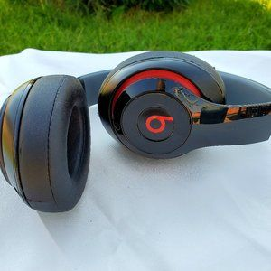 Beats by Dre | Headphones